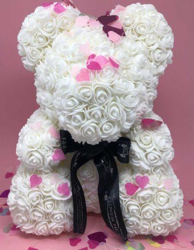 flower-me-up-infinity-roses-berlin-charlottenburg-rosen-konsserviert-box-eternal-everlasting-gift-geschenk-flower-bear-white-confetti